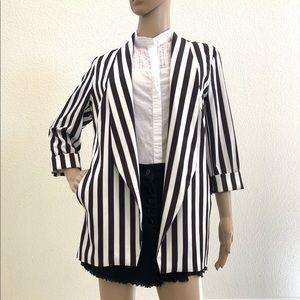 European beautiful jacket LIKE new very elegant